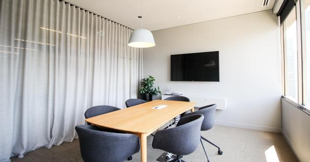 4 Person Meeting Room w City View (MRLvl12)