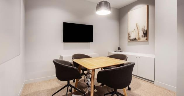 2 Person Meeting Room in Melbourne CBD (MR1)