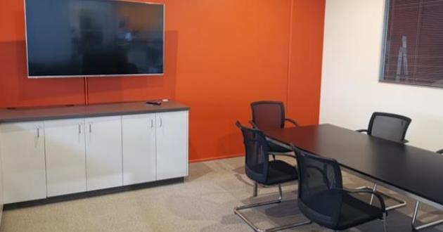 Bold 8-person meeting space in Richmond/Cremorne (Gene Kranz Room)