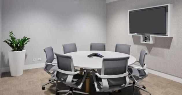 8 Person Meeting Room in Farrer Place C1