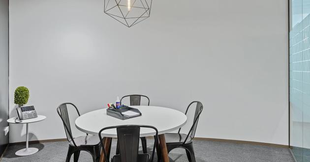 4 Pax Meeting Room in Barangaroo