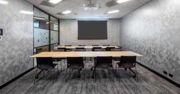 20 Person Meeting Room in Brisbane (E1)
