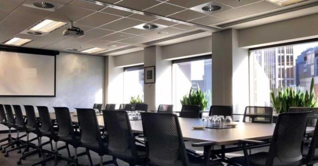 25 Person Meeting Room in Melbourne (S5)