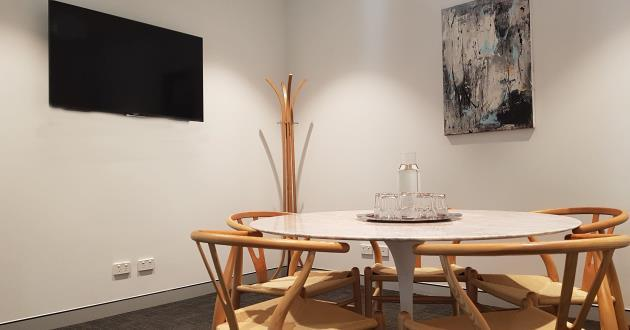 4-5 Person Meeting Room (Angie)