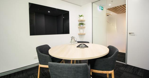 4 Person Meeting Room (Level 11)