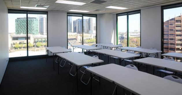 20 person Meeting Space in Melbourne/ Room Earth