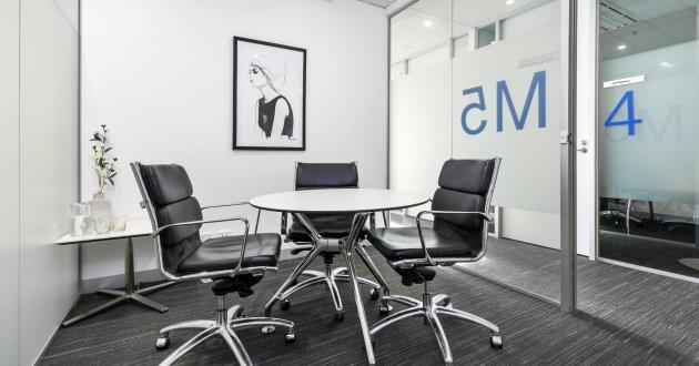 Baw Baw | 3 Person Meeting Room