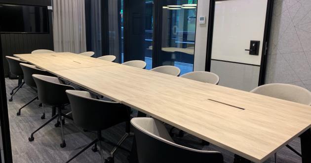18 Pax Boardroom
