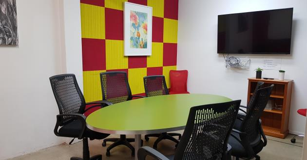8 Person Meeting Room in St. Leonards