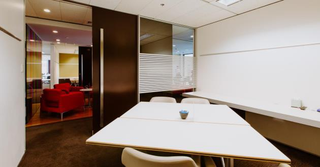CURRENTLY CLOSED - 4 Person Meeting Room (S3)