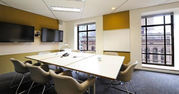 CURRENTLY CLOSED - 8 Person Meeting Room (S9)