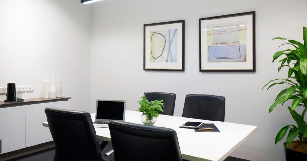4 Seater Meeting Room in Wheelers Hill