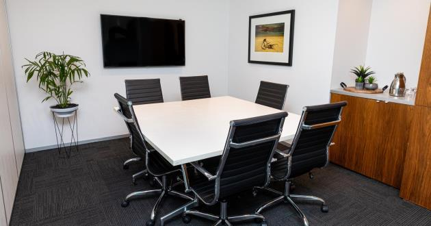 6 Person Meeting Room (Level 8)