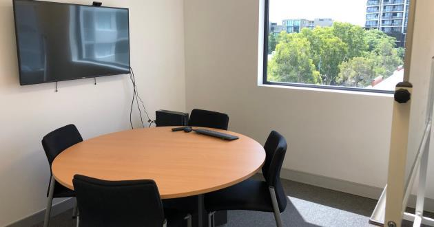 Light Filled 4 Person Meeting Room