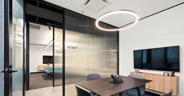 Yarra | 6 Person Meeting Room