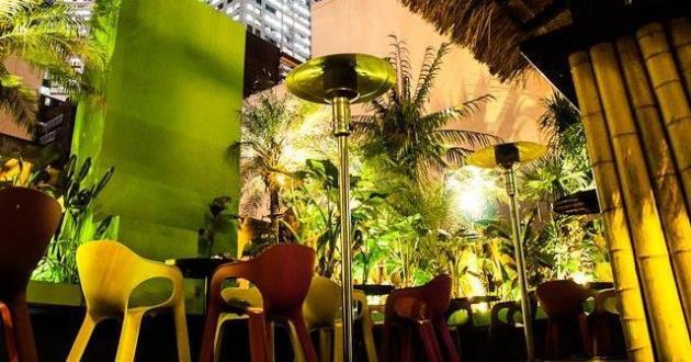 Private Tropical Deck