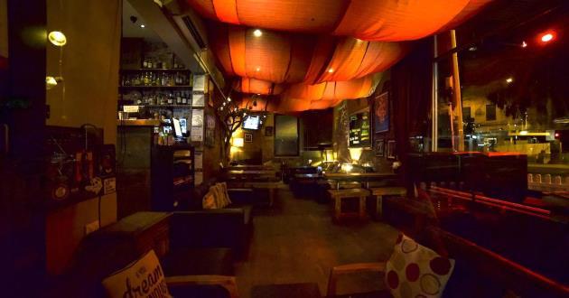 Side Bar for Informal Small Gatherings
