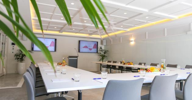 Hamptons Conference Room