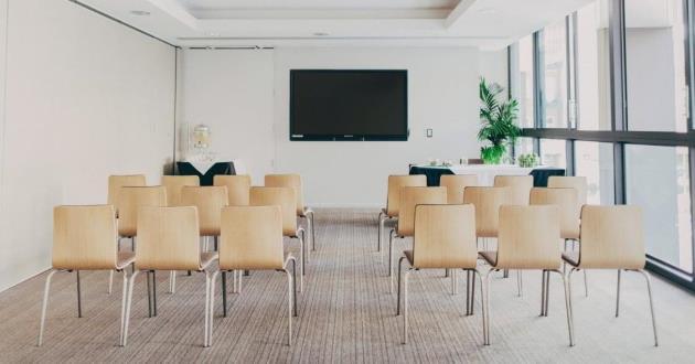 Newton Boardroom