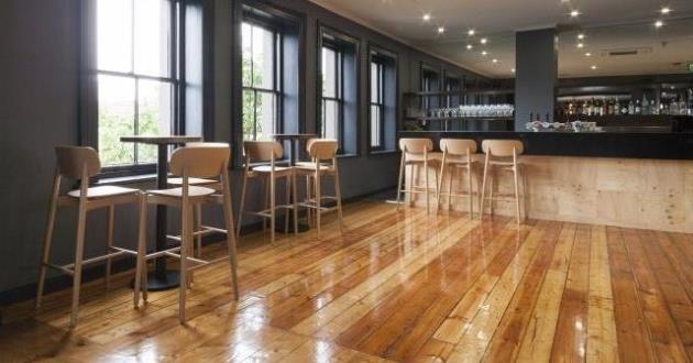 Upstairs Bar & Outdoor Deck