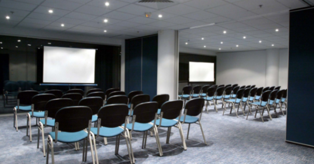Upper Level Function Room Merge-able into 4 Space