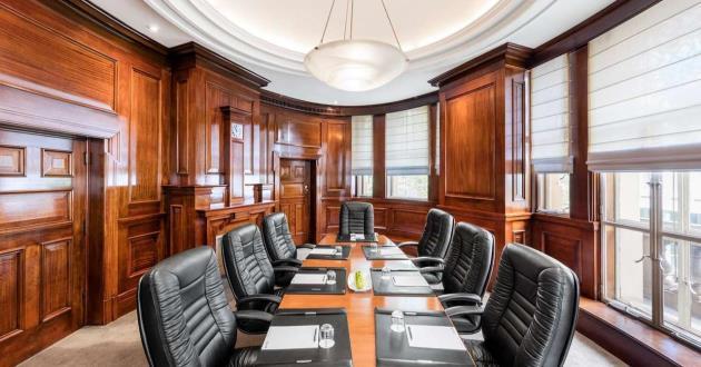 The Sir Warwick Fairfax Room - Initimate Heritage Boardroom