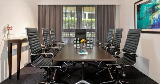 Boardroom 101
