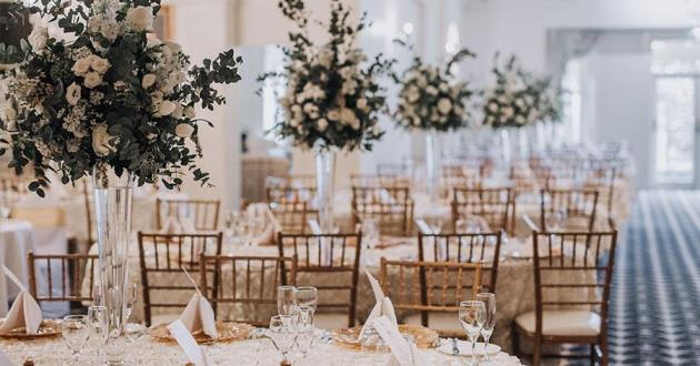 An Elegant and Romantic Soft mood-Lighting Reception Space