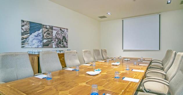 Mantra Boardroom