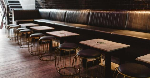 The Luxurious 3WM Lounge