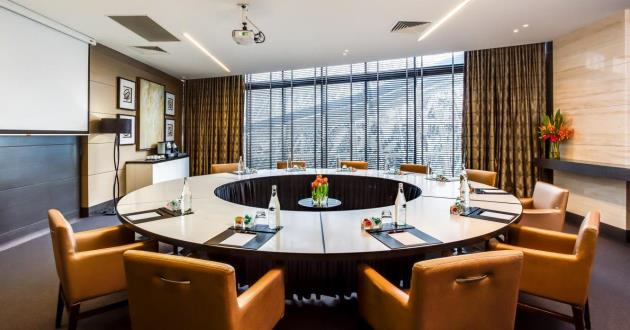 Round Table Reflections  Boardroom