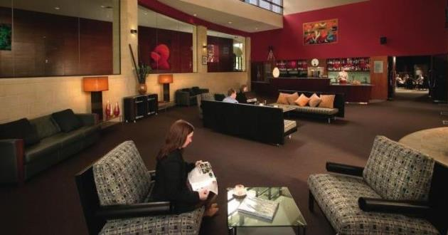 Cirque Lounge