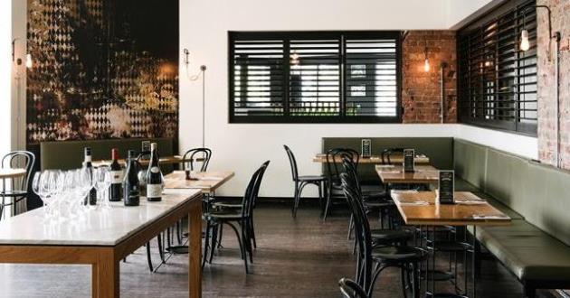 Cocktail Bar & Bistro