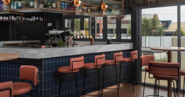 Nautica Pool Bar & Kitchen