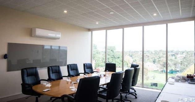 Heathrow Boardroom
