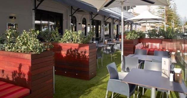 Marine Lounge Bar